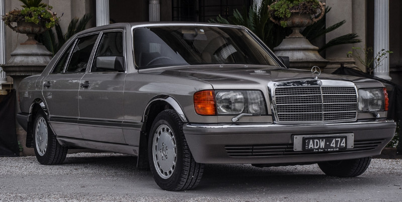 1990 Mercedes Benz 420SEL – SOLD